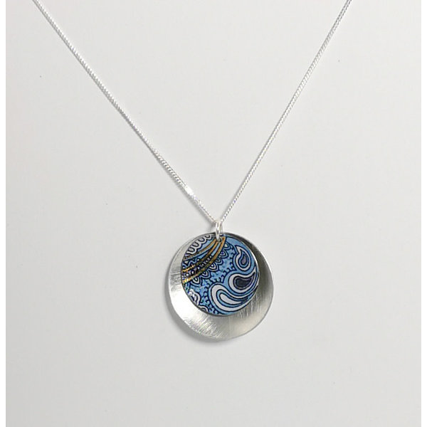 Double Disc pattern tin & silver convcave necklace 04