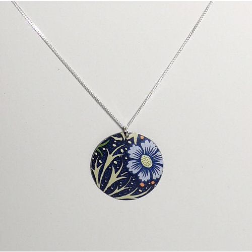 The Tinsmith Round cornflower tin & silver convex disc necklace 01