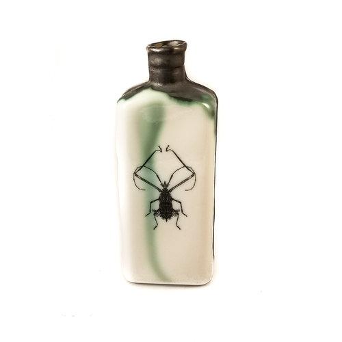 Jillian Riley Designs Frilly Knee Bug Flasche 133