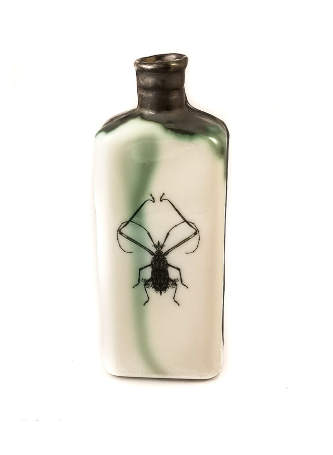 Frilly Knee Bug Flasche 133