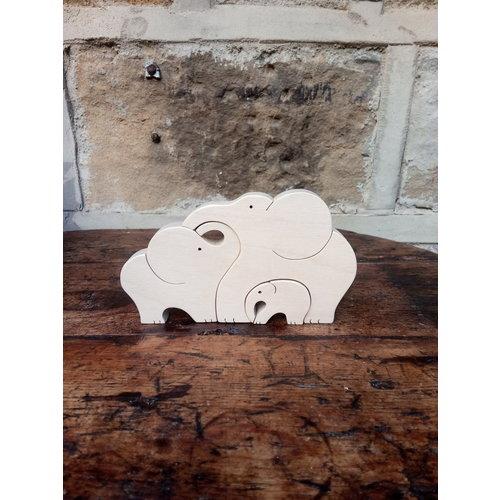 Woofer Wood Elephant Family 10