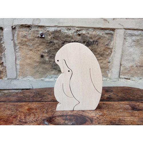 Woofer Wood Pingüino con pollito 03