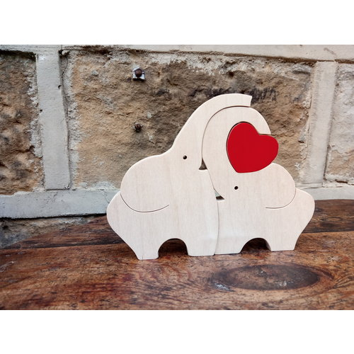 Woofer Wood Elephant Love 01