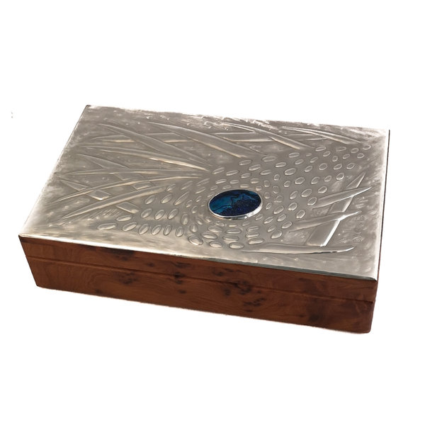Sea Coral Pewter and wood hinged box 11 sections 023
