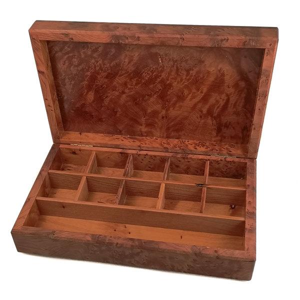 Sea Coral Pewter y caja con bisagras de madera 11 secciones 023