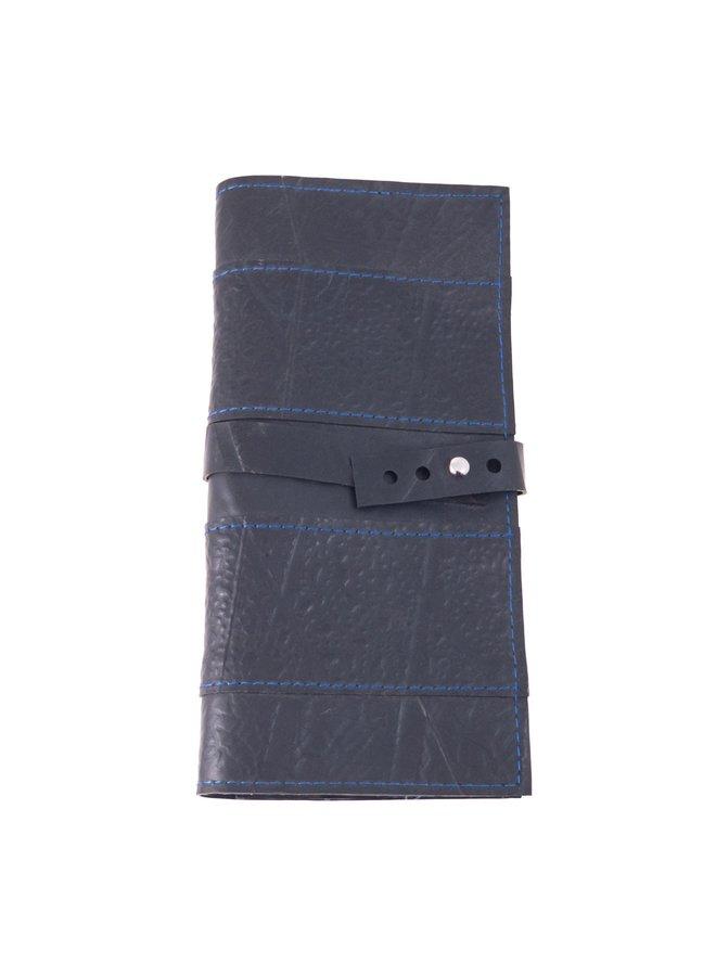 Schmale blaue T-Brieftasche