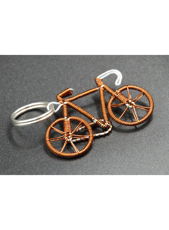 Fahrradschlüsselring aus recyceltem Kupferdraht 04