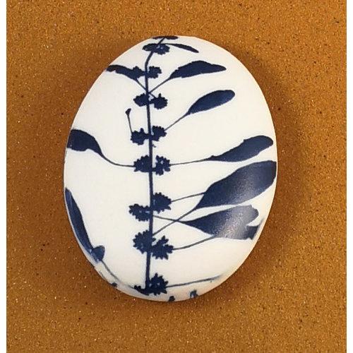 Clare Mahoney Beidseitiger Prüfstein 076 aus glattem ovalem Porzellan