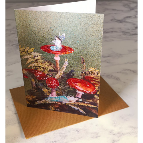 Diana Wilson Toadstools  Vintage Glitter Card 78