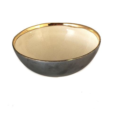 Sophie Smith Ceramics Cuenco Star Platinum, crema y oro 016