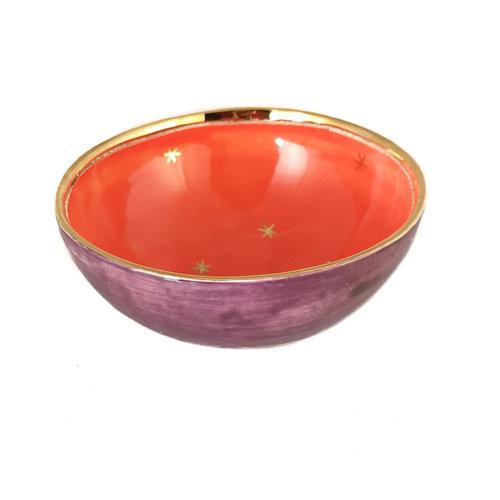 Sophie Smith Ceramics Corazón y estrellas Bol de cerámica púrpura, naranja y dorado 018