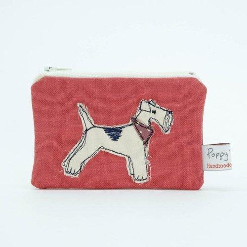Poppy Treffry Monedero bordado Fox Terrier 06