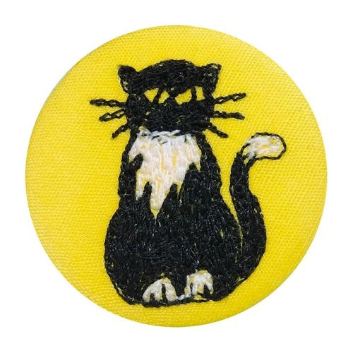 Poppy Treffry Cat embroidered  badge / brooch 13