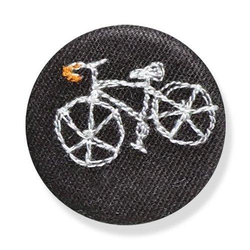 Poppy Treffry Fahrradgesticktes Abzeichen / Brosche 14