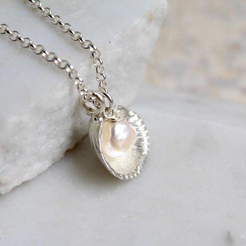 Lime Tree Design Venus Muschel und Perle Silberkette 52