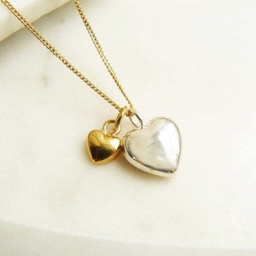 Lime Tree Design Collar dos corazones de oro rosa y plata 57