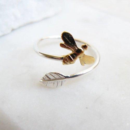 Lime Tree Design Einstellbarer Silberring für Bienen und Blätter 69