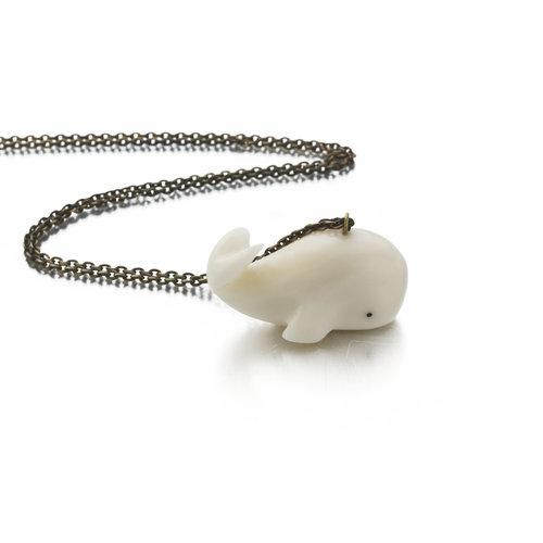 Just Trade Collar de ballena Tagua y nuez 024