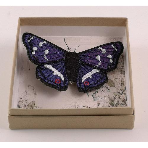 Vikki Lafford Garside Broche bordado de la mariposa británica del emperador púrpura