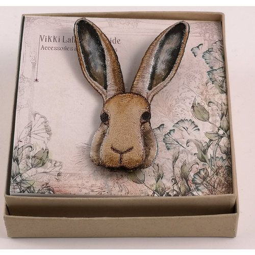 Vikki Lafford Garside Hare embroidered brooch 075