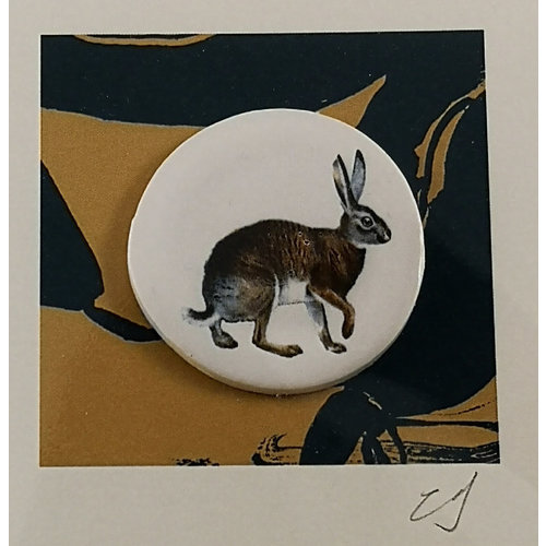 Caroline Barnes Hare handmade card with decorative ceramic disc 038