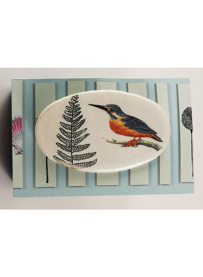 Kingfisher and fern oval ceramic pin brooch 025