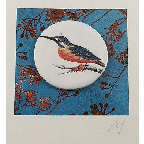 Caroline Barnes Kingfisher bird handmade card with decorative ceramic disc 005