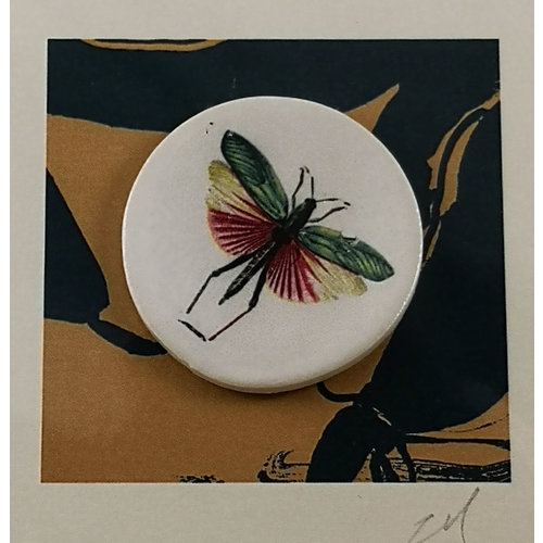 Caroline Barnes Dragonfly 2  handmade card with decorative ceramic disc 014