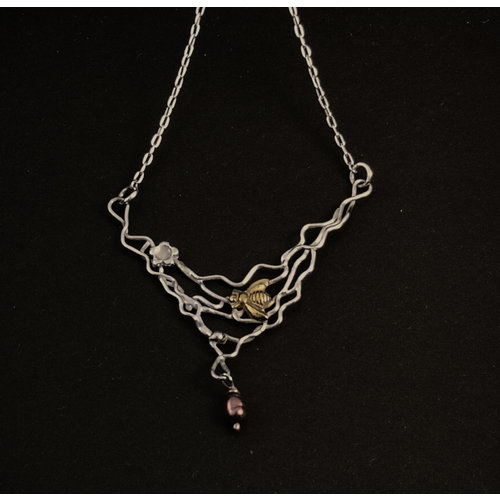 Xuella Arnold Bee with pearl on filigree silver and bronze necklace 09