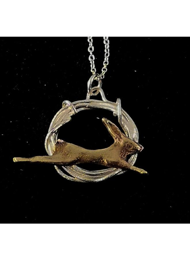 Hase in Kreis Halskette springen 19