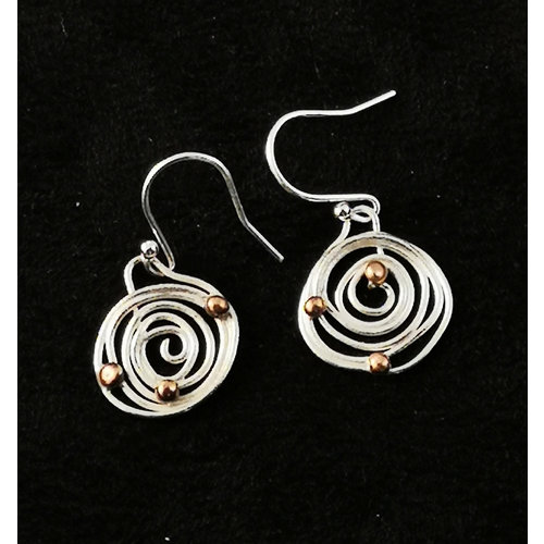 Xuella Arnold Squiggle and ball  circle drop earrings 31