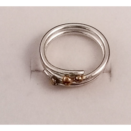 Xuella Arnold Squiggle and ball  silver ring 36