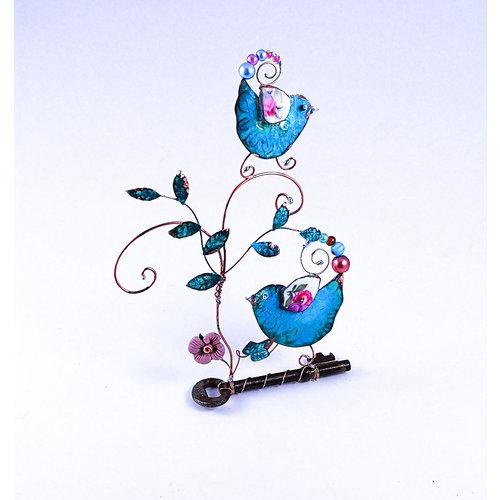 Beastie Assemblage Vogel mit Küken auf Schlüssel Assemblage 040