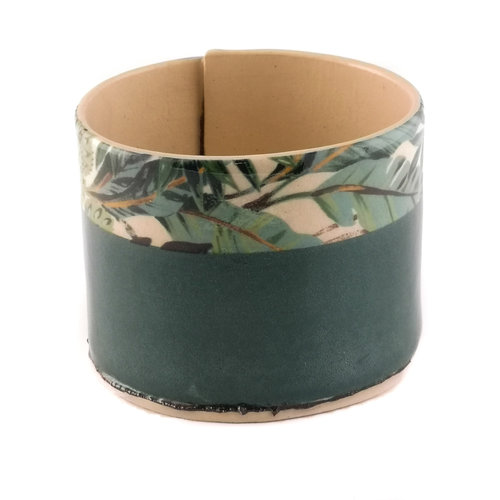 Virginia Graham Green with blue leaves medium planter bowl 09