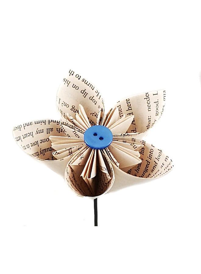 Buchskript Papierblume mit mittlerer Farbschaltfläche 44