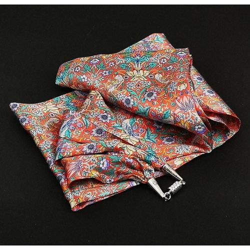 Lady Crow Silks Strawberry Thief Pañuelo de satén y seda rosa con cierre magnético En caja 111