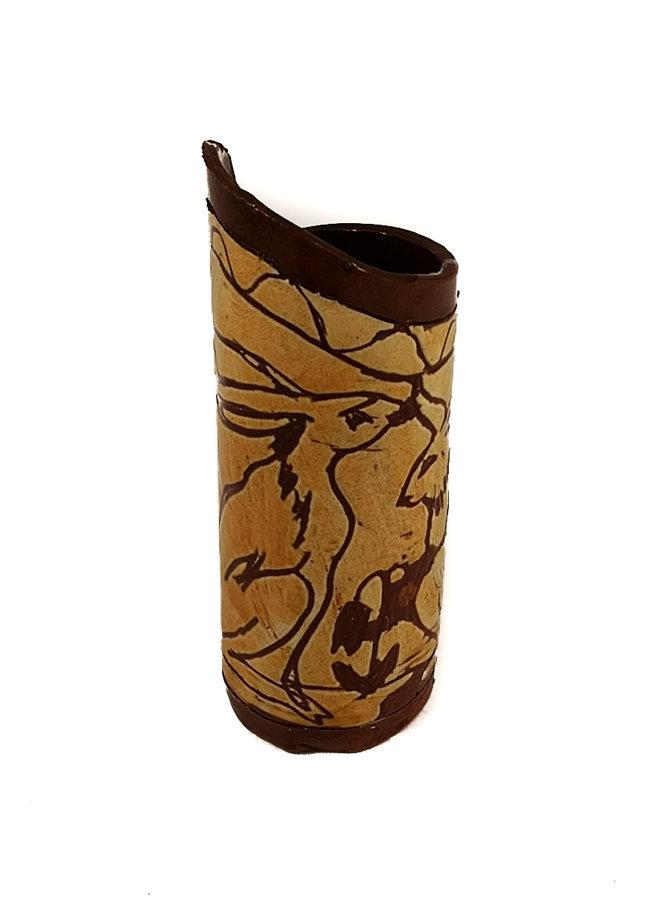 Zwei sitzende Hasen Slipware Pod Vase 016