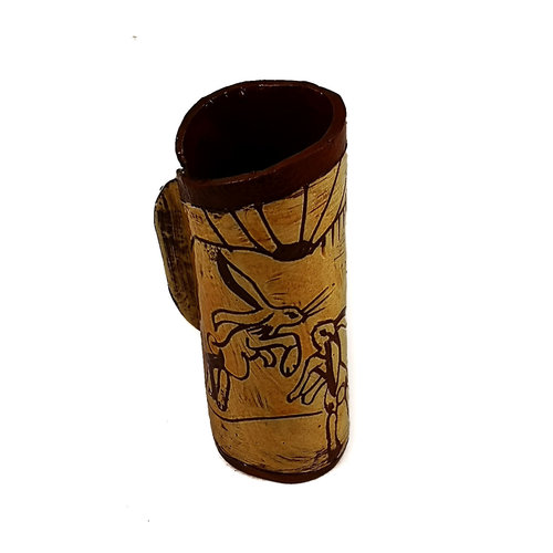 Glandwyryd Ceramics Three Frolicking Hares slipware pod vase  017