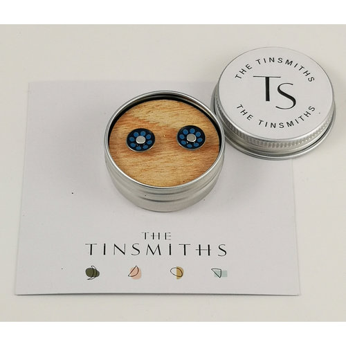 The Tinsmith Blue Dot Round Tiny Stud Pendientes en lata 50