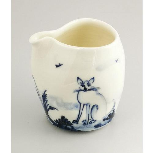 Mia Sarosi Jarra de porcelana pintada a mano de gatos 042