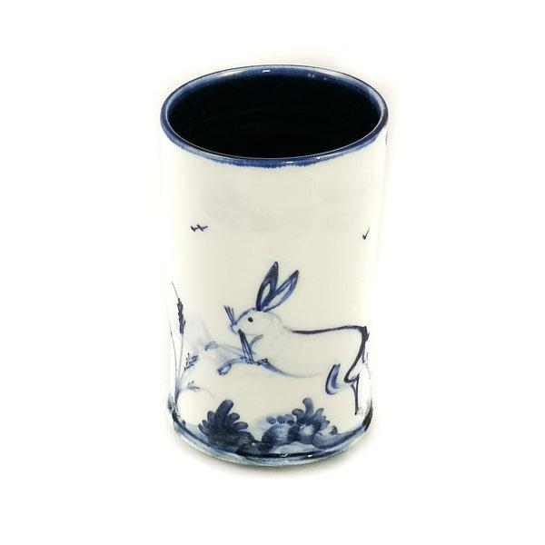 Olla de porcelana pintada a mano de dos liebres saltando 049