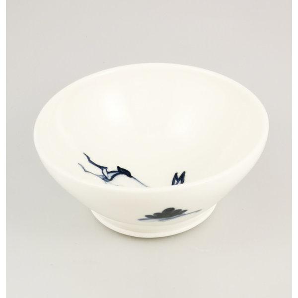 Bol pequeño de porcelana pintada a mano de liebre 060
