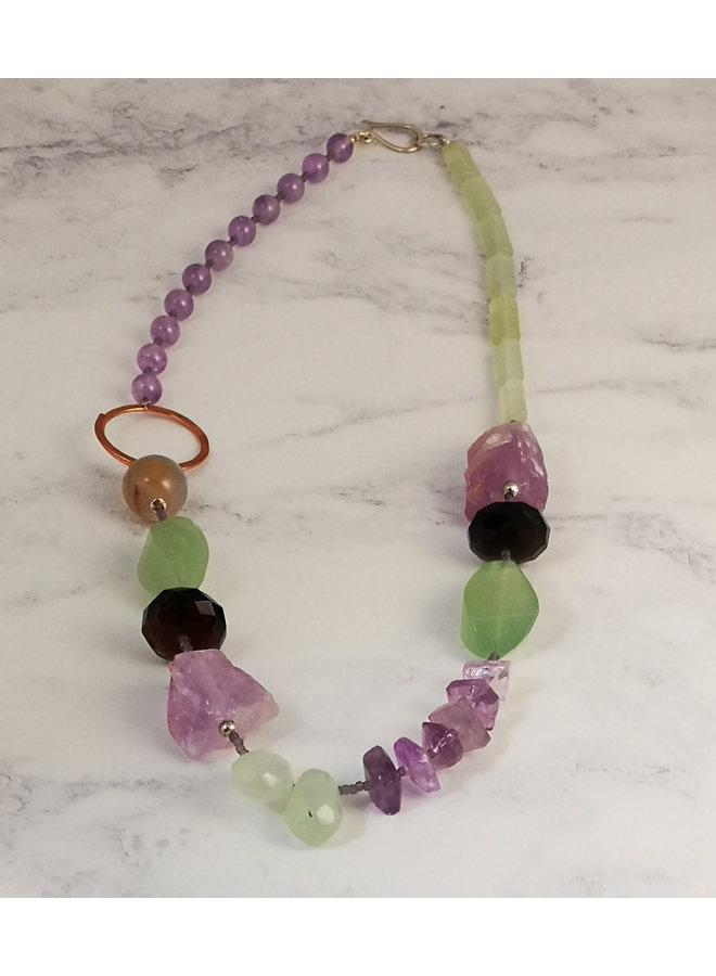 Halskette aus Amethyst, Jade, Kupfer und Silber 51