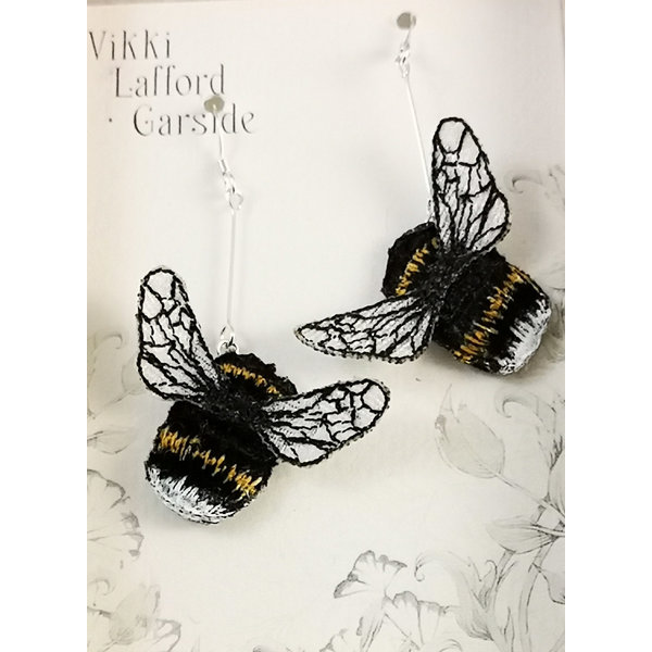 Aretes colgantes bordados Bumble Bee 089