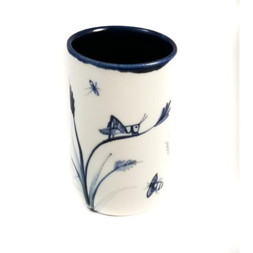 Mia Sarosi Saltamontes con araña de porcelana pintada a mano olla 064