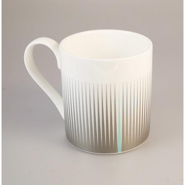Metric Lines zilveren mok 149