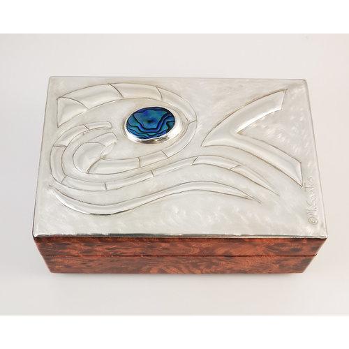 Maria Santos Waves Pewter and wood hinged box 030