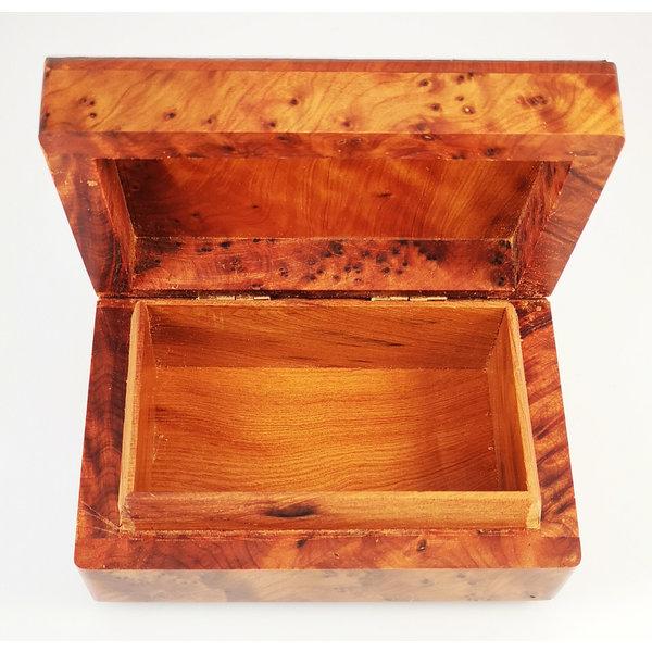 Kabbelend tinnen en houten scharnierende doos 029