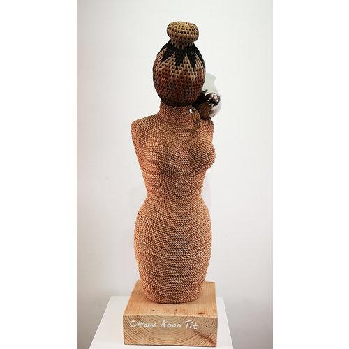 Ian Taylor Chrome Koon Tit hebt ethnische Venus für Nistmaterial 045 auf