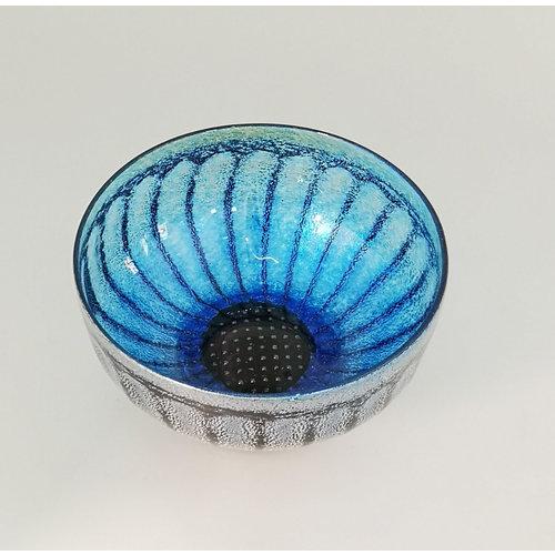 Allister Malcolm Glass Daisy bowl nr. 2. blauw 17